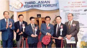 Opening Ceremony – 3AFFAFS President Dr Chua Thia-Eng (3rd left) and Dr Tom Lam (2nd left)